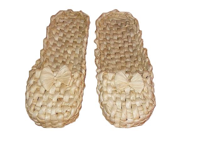 Лапти из кукурузы