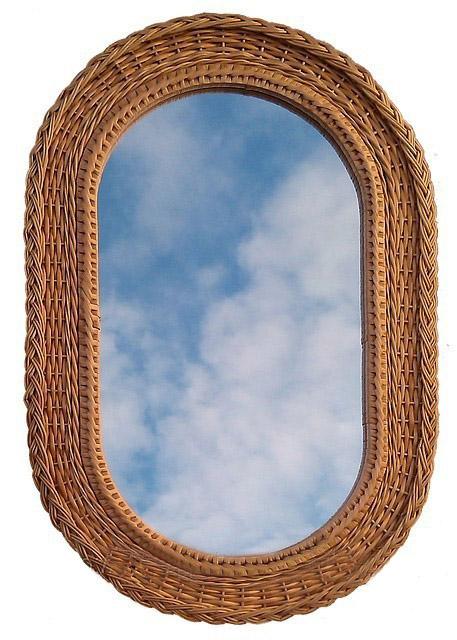 Зеркало плетеное из лозы овальное